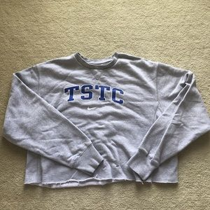 ‼️final cut‼️vintage school crop sweatshirt